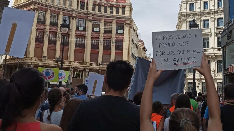 Primera manifestación por la prevención del suicidio en España
